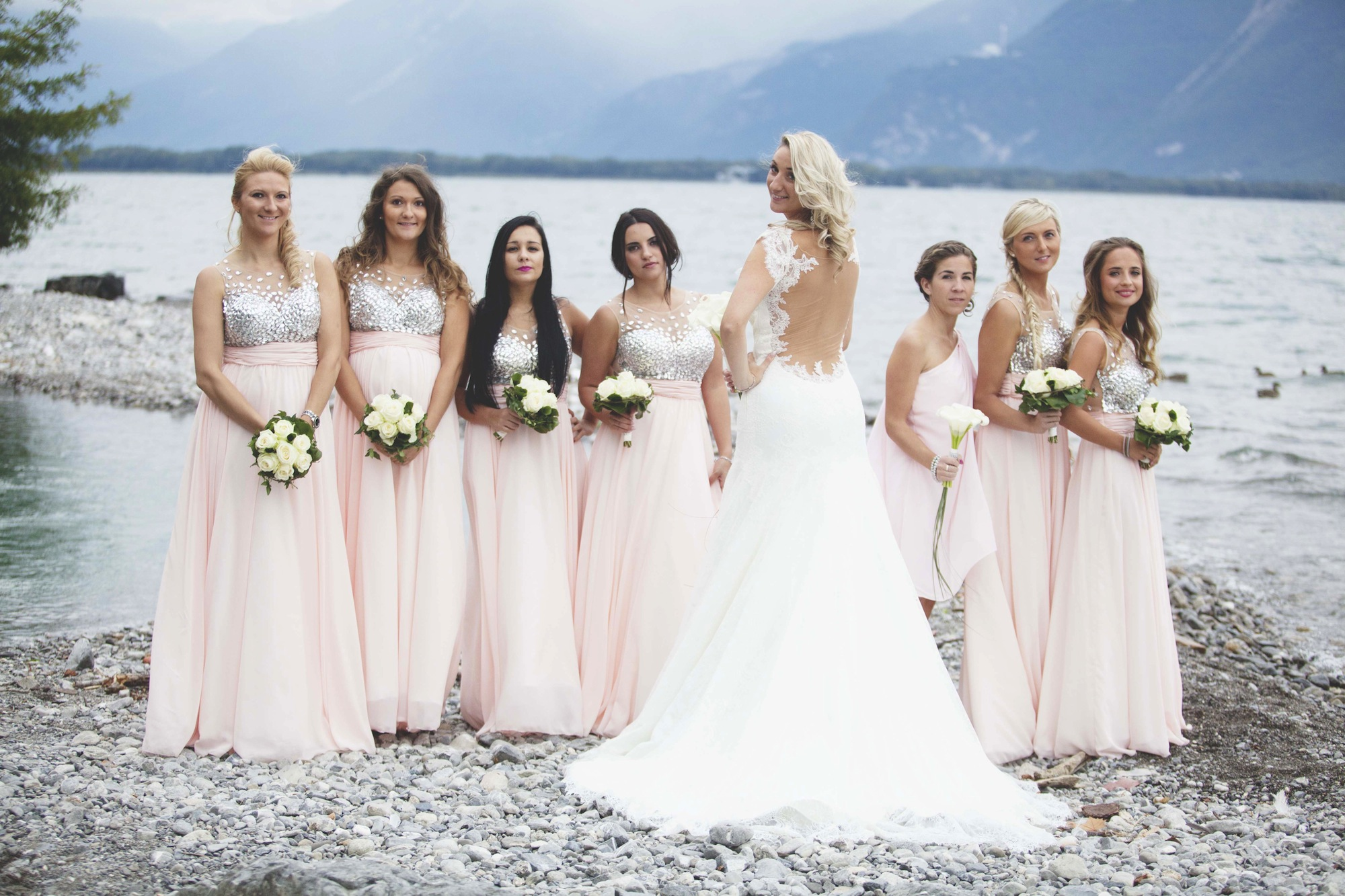 Bride with her bridesmaids Montreux, Vaud