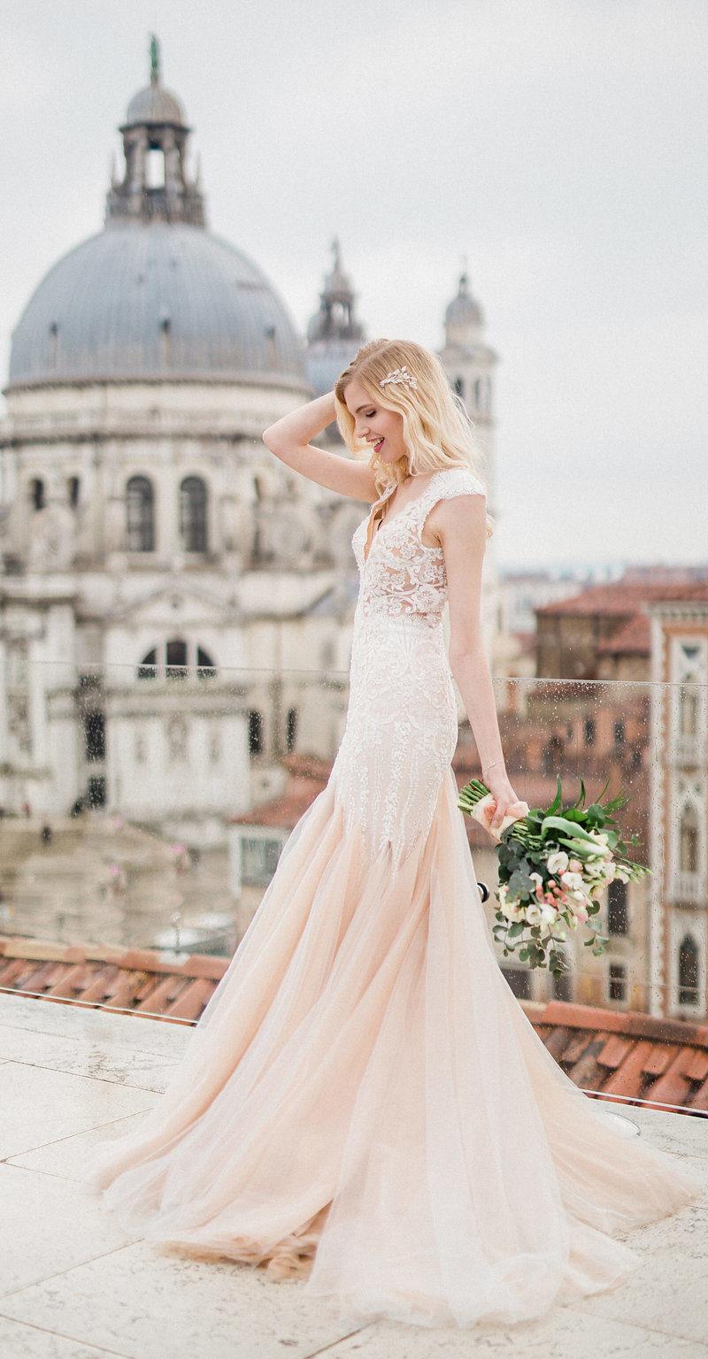 Bridal Shakespearean Shooting Venice